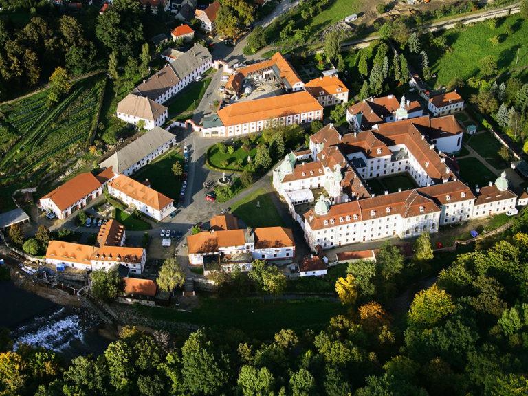kloster_luftaufnahme